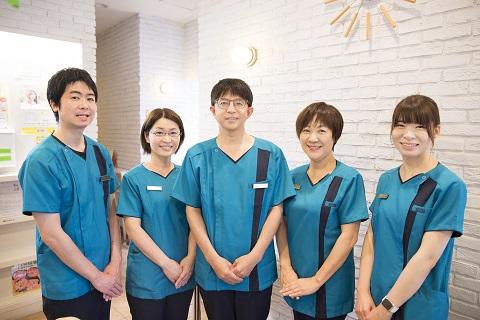 けやき通り歯科・矯正歯科の歯科医師